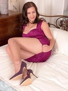 Bedroom Nylon Porn