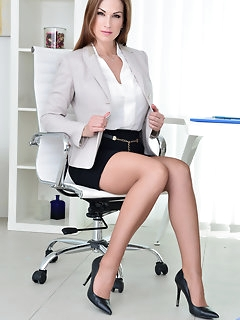 Office Nylon Porn