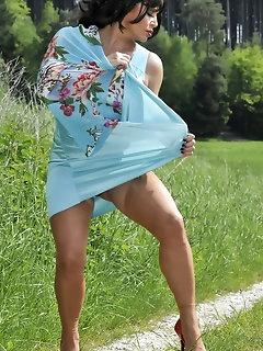 Outdoor Nylon Porn
