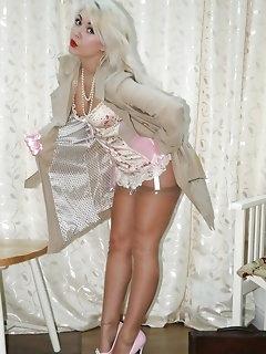 Blonde Nylon Porn